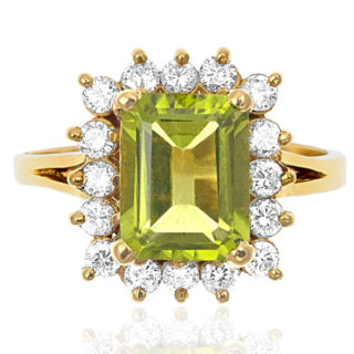 Stunning... Vintage Peridot and Diamond ring -0