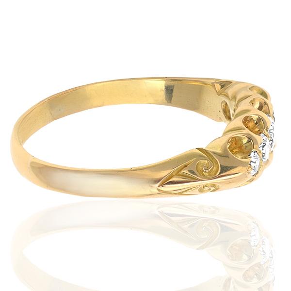Edwardian Romance... Antique Diamond ring -2994