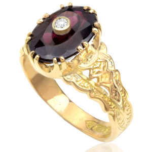 Victorian Garnet and Diamond ring -0