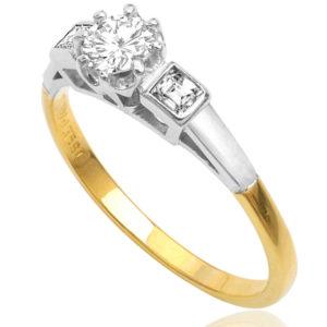Vintage Diamond Engagement ring -0