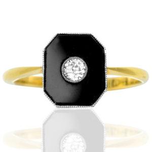 Original 1920s Onyx and Diamond ring -0