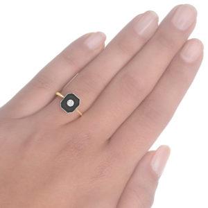 Original 1920s Onyx and Diamond ring -3674