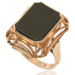 Wild Rose... Original 1930s Onyx ring -0